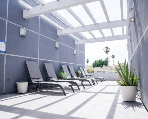 4th Floor Open Deck with Lounge Chairs